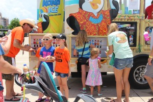The snowcone truck stayed busy all day as it was so hot out there! Photo credit: Martin Camacho